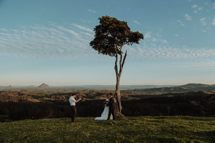 wedding video tips: build a relationship with the couple